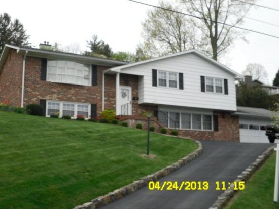 2624 Grandview Ave, Bluefield, WV 24701