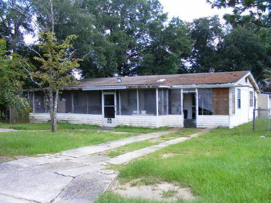6413 Walnut St, Milton, FL 32570