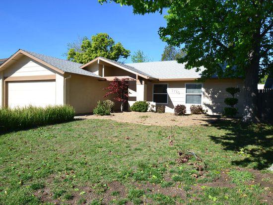 3758 Rock Island Dr, Sacramento, CA 95827