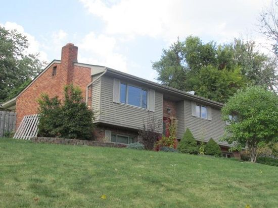 1412 Laurel Hill Dr, W Homestead, PA 15120