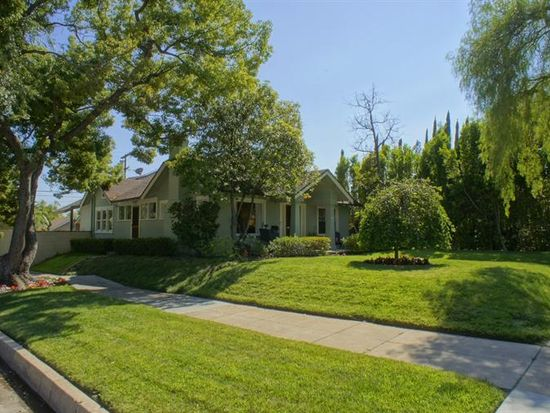 1680 Brigden Rd, Pasadena, CA 91104