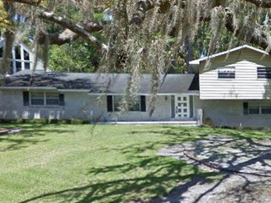 8301 N River Oaks Ct, Tampa, FL 33617