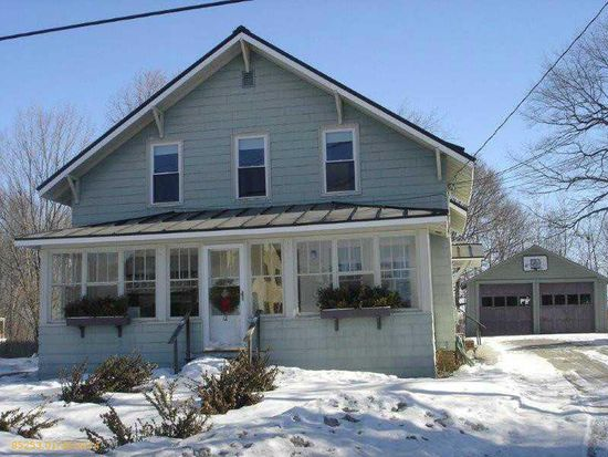 12 Colonial St, Waterville, ME 04901