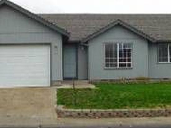 134 Eagle View Dr, Eagle Point, OR 97524
