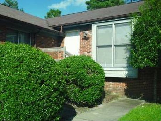 5710 Chalmers Ct, Fayetteville, NC 28311