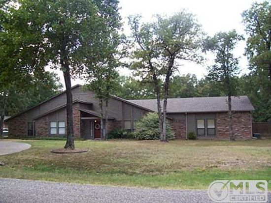 2832 County Road 3311, Greenville, TX 75402