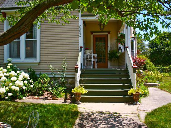 603 N Wheaton Ave, Wheaton, IL 60187