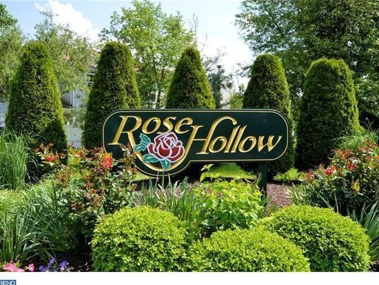 673B Rose Hollow Dr, Yardley, PA 19067