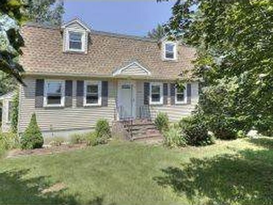 16 Gowing Rd, Hudson, NH 03051