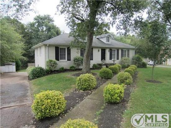 308 Grandview Dr, Old Hickory, TN 37138