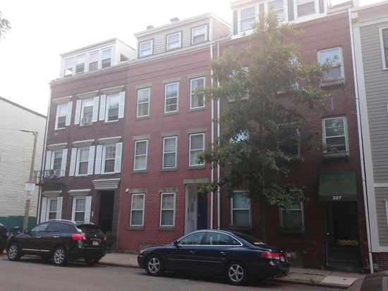 227 W 3rd St UNIT 3, South Boston, MA 02127