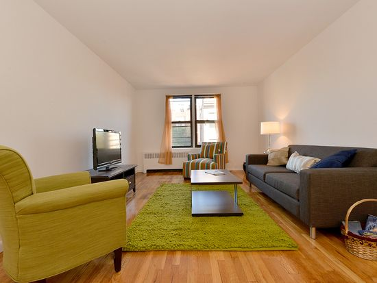 100 Bank St APT 6H, New York, NY 10014
