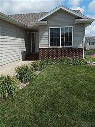 5204 S Leinster Ave, Sioux Falls, SD 57106