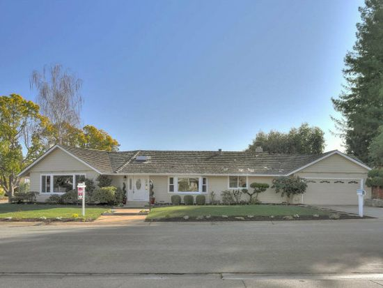 340 Hacienda Way, Los Altos, CA 94022