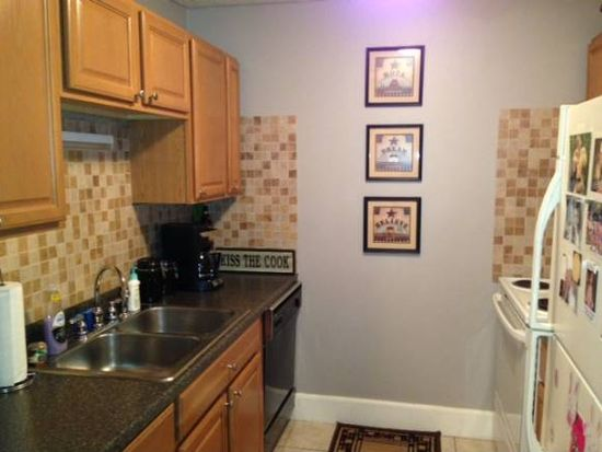 50D Constitution Dr, Londonderry, NH 03053