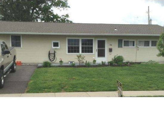 20 Easter Ln, Levittown, PA 19054