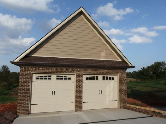 420 Fordes Crossing Dr, Bowling Green, KY 42103