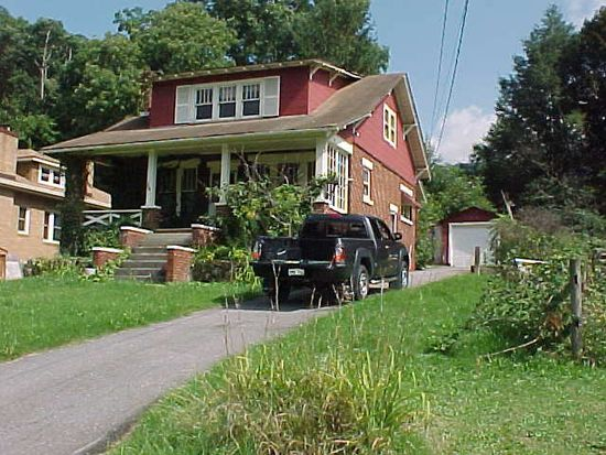 1621 Ohio St, Bluefield, WV 24701