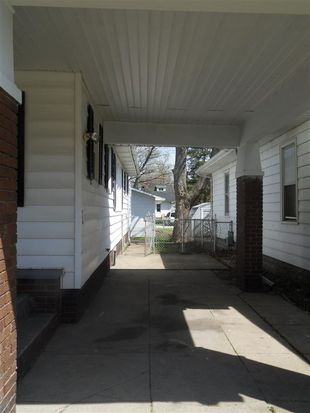 2606 S Center St, Terre Haute, IN 47802