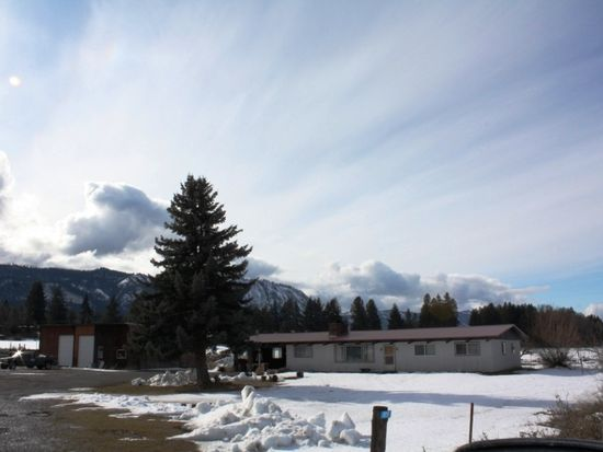 4030 Lower Peoh Point Rd, Cle Elum, WA 98922