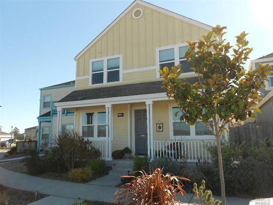 2513 N Village Dr, Santa Rosa, CA 95403