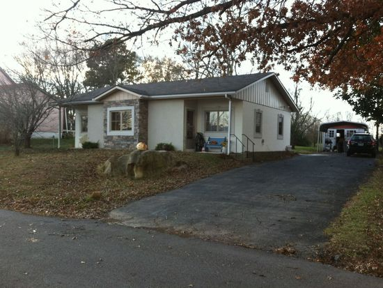 200 High St, Russell Springs, KY 42642