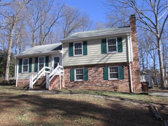 411 Pocono Dr, North Chesterfield, VA 23236