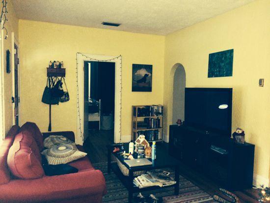 1013 E Mohawk Ave, Tampa, FL 33604