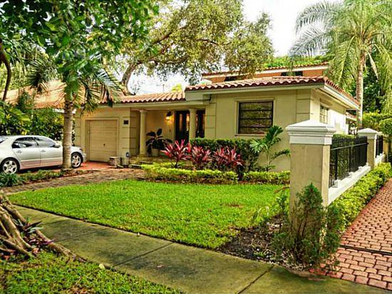 1025 Almeria Ave, Coral Gables, FL 33134