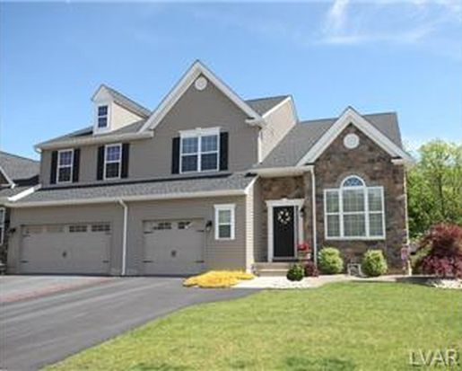 2296 Creekside Dr, Coplay, PA 18037