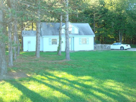 3165 Middle Rd, Pierpont, OH 44082