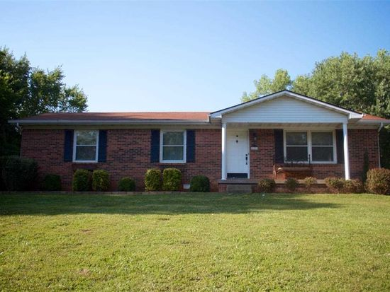 229 Hickory Ln, Bowling Green, KY 42101