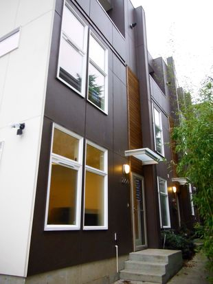 2204 California Ave SW APT D, Seattle, WA 98116