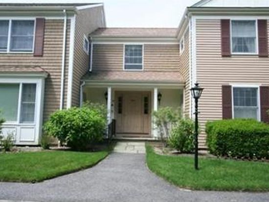 39 Tower Hill Rd APT 18A, Osterville, MA 02655
