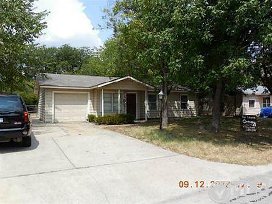 103 NE Taylor St, Burleson, TX 76028