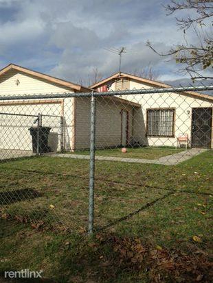 466 E B St, Colton, CA 92324