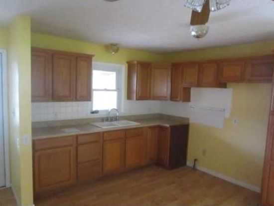 415 Linden Ln, Chesterfield, IN 46017