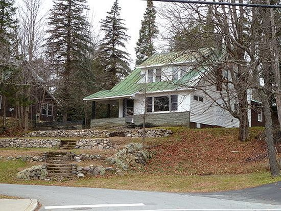 106 Outlook Ter, Old Forge, NY 13420