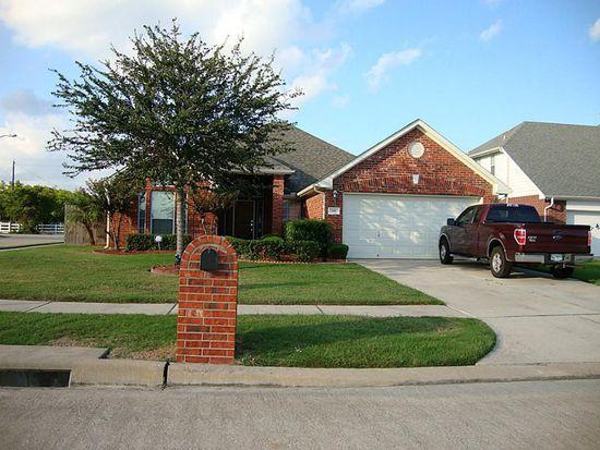 101 Kevin Ct, La Porte, TX 77571