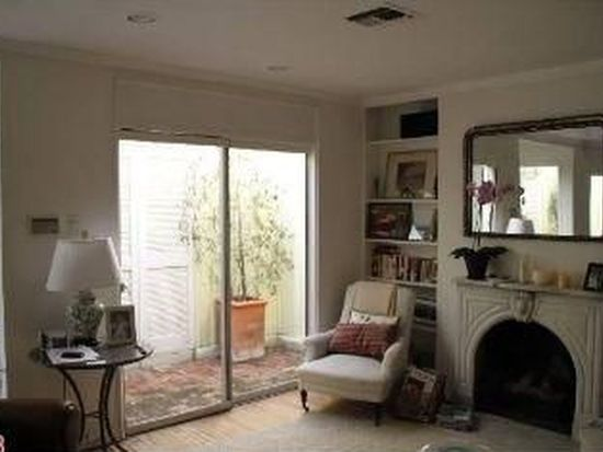 8974 Norma Pl, West Hollywood, CA 90069