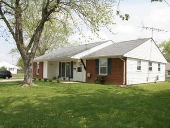 2001 Commonwealth Dr, Xenia, OH 45385