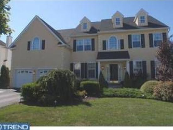 5011 Woodgate Ln, Collegeville, PA 19426