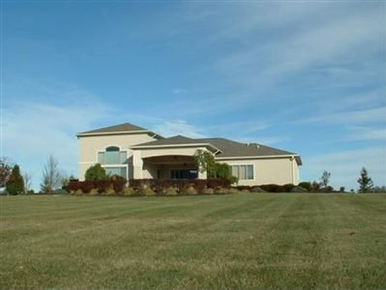 6417 Willow Lake Dr, Greenville, OH 45331