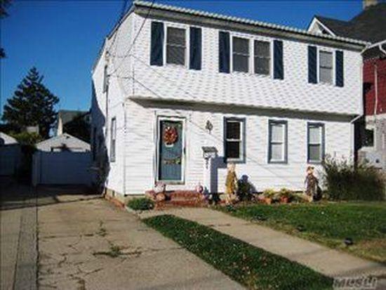 21 Watkins St, Lynbrook, NY 11563