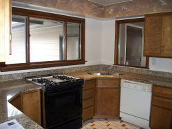 369 Huntley Rd, Crystal Lake, IL 60014