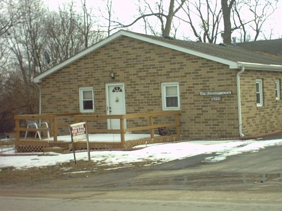 1900 W Micheals Ave, West Terre Haute, IN 47885