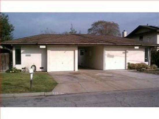 2233 Thomas Ave, Santa Cruz, CA 95062