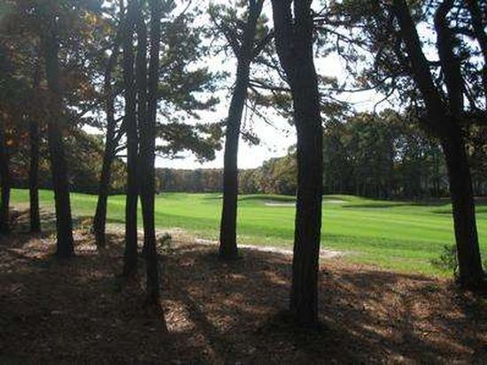 16 Fairway Knob, Mashpee, MA 02649