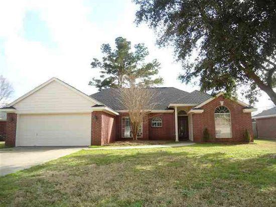7365 Hidden Valley Dr, Beaumont, TX 77708