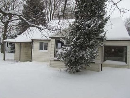 2711 Youngstown Lockport Rd, Ransomville, NY 14131